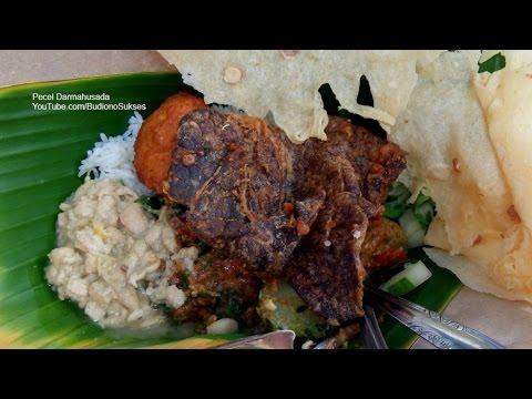 wisata-kuliner-pecel-dharmahusada-surabaya