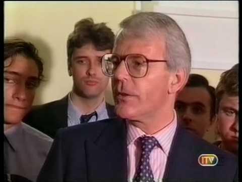UK General Election 1997 : Major concedes (ITV)