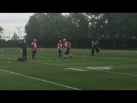 Eagles QB Carson Wentz throws at OTAs