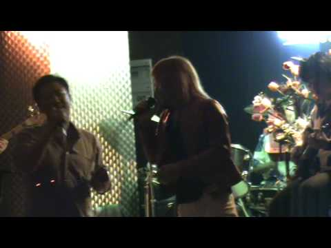 "[HD] June 4,2010 ♫ ""On The Spot"" Korean Man Come Up On The Stage And Get The Micro Of Mr Benz!"