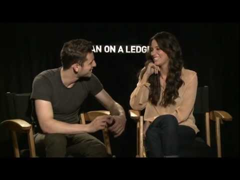 Jamie Bell and Genesis Rodriguez's Official 'Man on a Ledge' Interview
