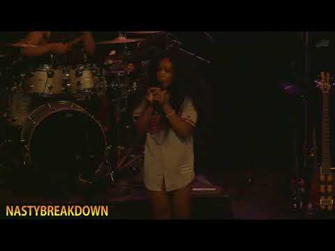 Sza - Broken Clocks (CTRL Tour Baltimore 2-3-18)