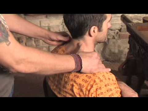 savaiminis kaklo masažas hipertenzijai video