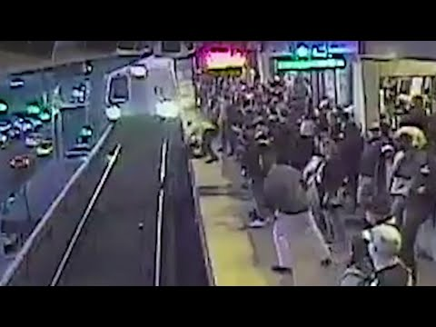 Scotty Davis - Breath Taking Video Of Transit Worker Saving Man Who Fell On Tracks