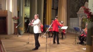 Идёт солдат по городу -  В.Бриллиантов и духовой оркестр Модерн
