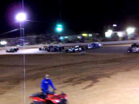 Shryock has problems--Hughes goes on to night two win Usmts win @ West Siloam Speedway!