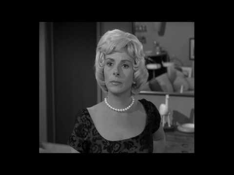 The Twilight Zone - A Most Unusual Camera (clip)