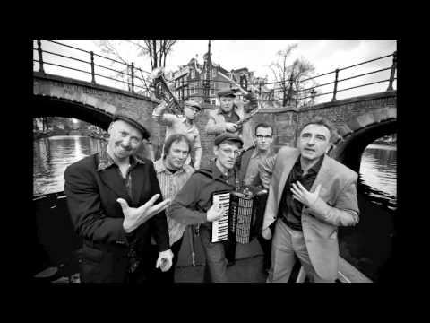 Amsterdam Klezmer Band - Noushka (Live)