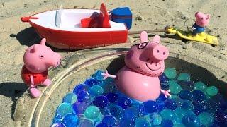 Свинка Пеппа с семьей путешествует на лодке. Развивающее видео для детей. Peppa pig toy(Во время путешествия можно узнать много интересного и полезного, а можно просто отдохнуть и повеселиться...., 2015-10-04T09:30:05.000Z)
