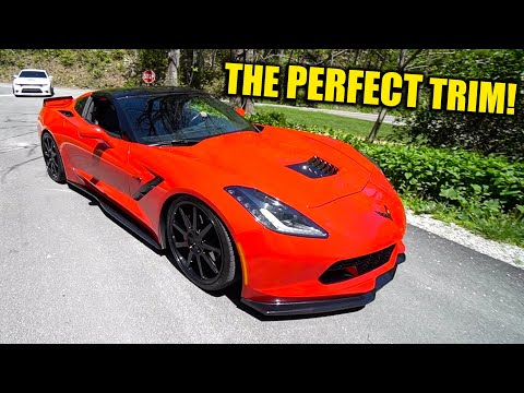 A Closer look at our *NEW* C7 Corvette Stingray!!