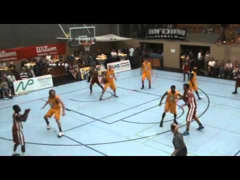 01.10.2011 - Schwelmer Baskets vs. SUM Baskets Braunschweig mit Dennis Schröder