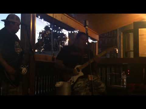 Iron Eyes Unplugged performs Cold Shot by Stevie Ray Vaughan