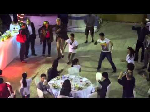 Uptown Funk Mark Ronson ft. Bruno Mars Four Seasons Doha Flashmob -vid(c) #fsdoha