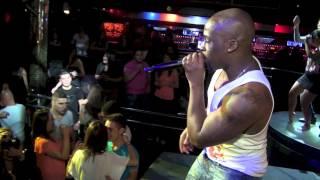Canuco Zumby baila muchacha Sete Club