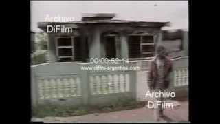 DiFilm - South African police arrest agitators in Ciskei 1990