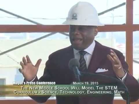 Former Mayor Willie Brown, Jr., and Mayor Lee Tour Willie Brown Jr. Middle School
