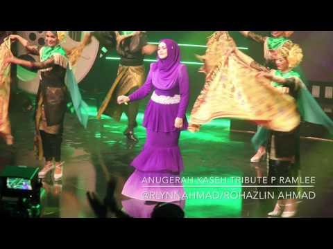 Malam Bulan Di Pagar Bintang & Tari Tualang Tiga - Dato' Siti Nurhaliza [LIVE AKTPR]