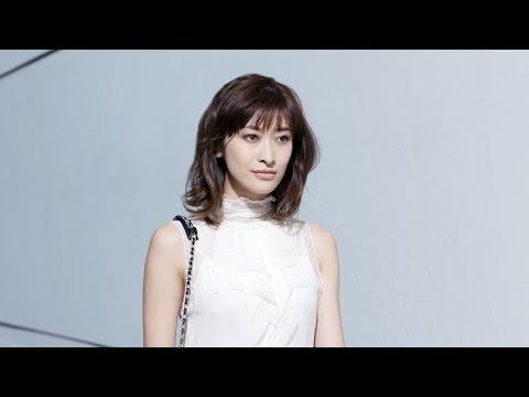 山田優、スタイリッシュにマドレーヌ頬張る サークルKサンクス「シェリエドルチェ 生マドレーヌ」新CM