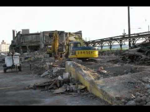 Amtrak demolition Sunnyside Yard 2010 Part 2