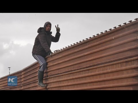 U.S. border wall a daily reality for thousands of Mexicans