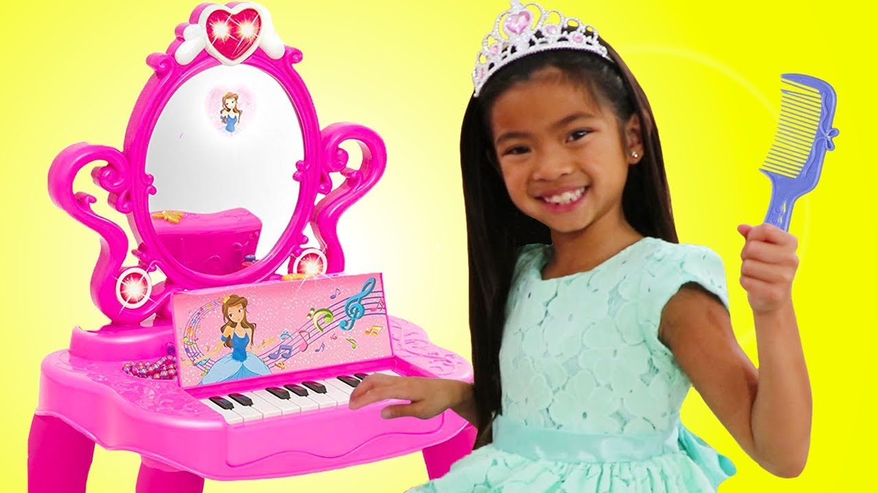 emma pretend play with makeup vanity piano play table toy w disney rapunzel and elsa