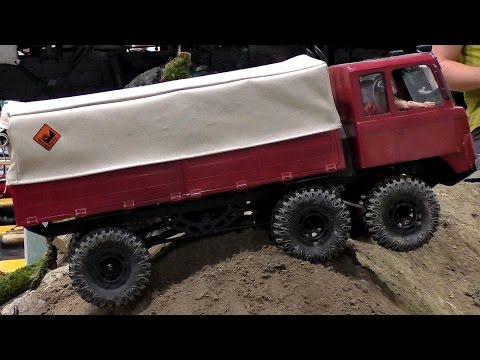 RC 6X6 OFFROAD TRUCK INDOOR ACTION / Modell-Hobby-Spiel Fair Leipzig Germany 2016