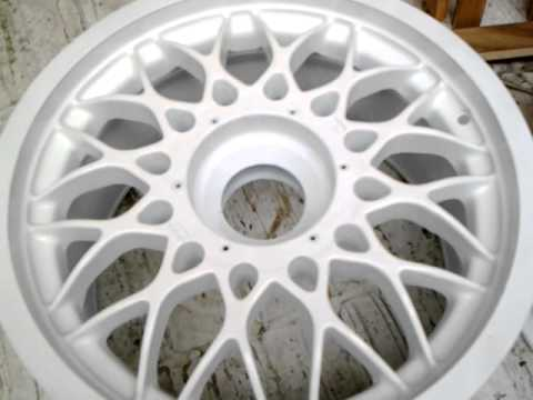 E30 M3 DTM Center Lock Wheels - YouTube