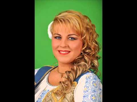 Ramona Vita La Obreja-ntr-o Gradina