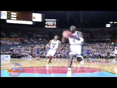 Michael Jordan & Scottie Pippen Sick Off The Glass Dunk with Dream Team! (USA vs Argentina 1992)