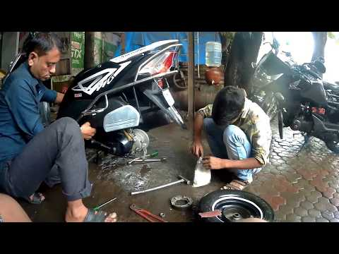 How to service scooter |Honda Dio|Basic servicing ||2018||by Hetero-genius