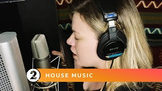 Download Mp3 Radio 2 House Music Kelly Clarkson Because of You