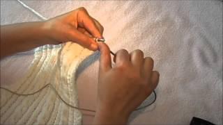 Свитер для ребенка 2,5 -  3 года ( вывязываем горловину и плечи спинки)
