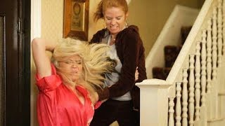 EastEnders - Bianca Jackson Vs. Sam Mitchell (17th November 2009)