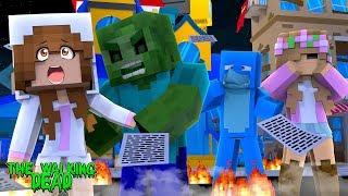 BABY ELLIE GETS BIT BY A ZOMBIE!! | Minecraft THE WALKING DEAD w/ Little Kelly