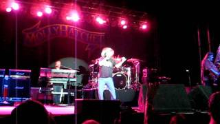 """MOLLY HATCHET PERFORMS """"JUKIN"""