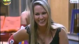 Repeat youtube video Nicole sobre sexo anal