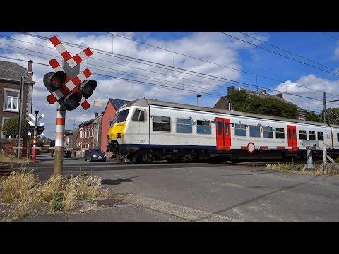 Level crossings in Belgium