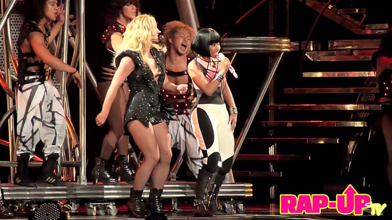Britney Spears X Nicki Minaj Perform Live In L A Youtube