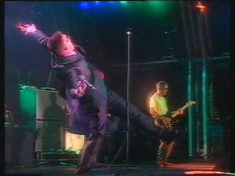 Madness - Shut Up (Madstock, Finsbury Park)