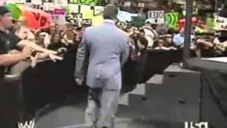 2006 06 19 WWE Monday Night Raw part 1