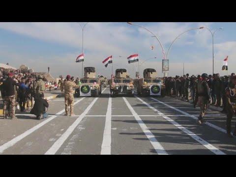 القوات العراقية تستعرض في الموصل فرحاً بهزيمة داعش  - نشر قبل 12 ساعة