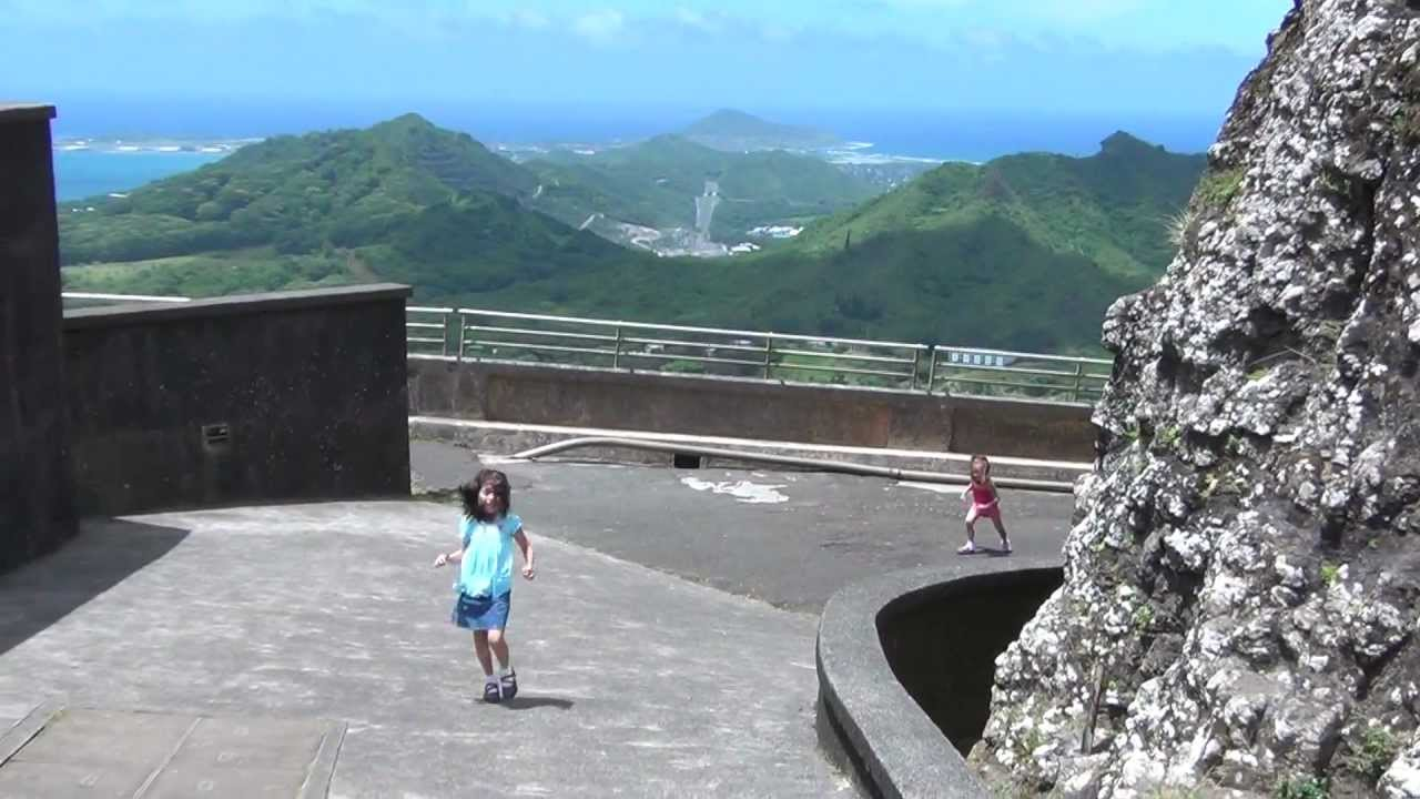 Super Windy Day at the Pali Lookout in Hawaii - YouTube