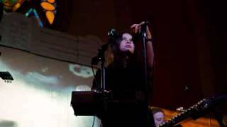 Download Mazzy Star- Unreflected - Live 2000, pt.8 - Copenhagen MP3 song and Music Video