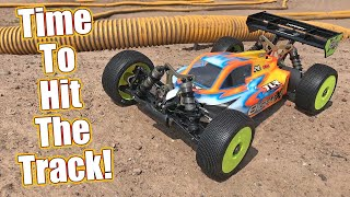 TLR's Best Electric Racer Yet?! Team Losi Racing 8IGHT X-E Buggy Kit Review   RC Driver