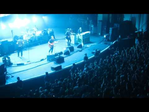 Noel Gallagher - Don't Look Back In Anger (Oasis) Live @ O2 Academy