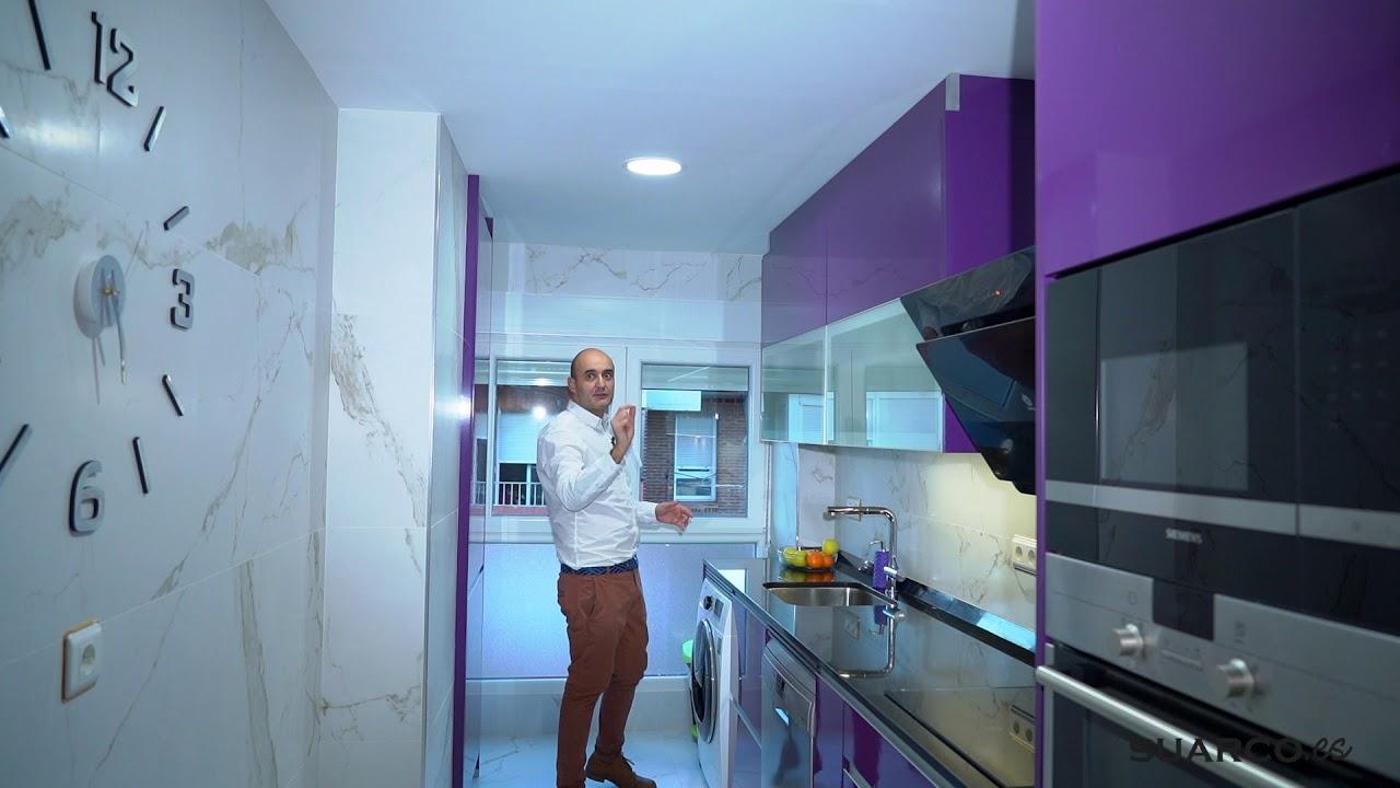 Cocina moderna alargada !! Berenjena!! sin tiradores ...
