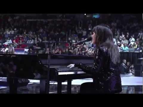 Demi Lovato's Old Vid 2009 / Michelle Obama Waved At Demi -