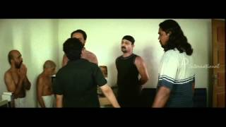 Malayalam Movie | 4 The People Malayalam Movie | Team Attacks the Thug