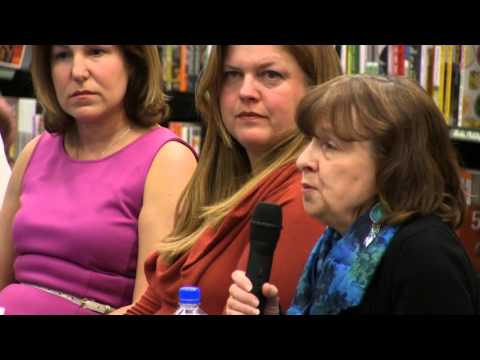 2016-04-15-Barnes & Noble Authors Panel