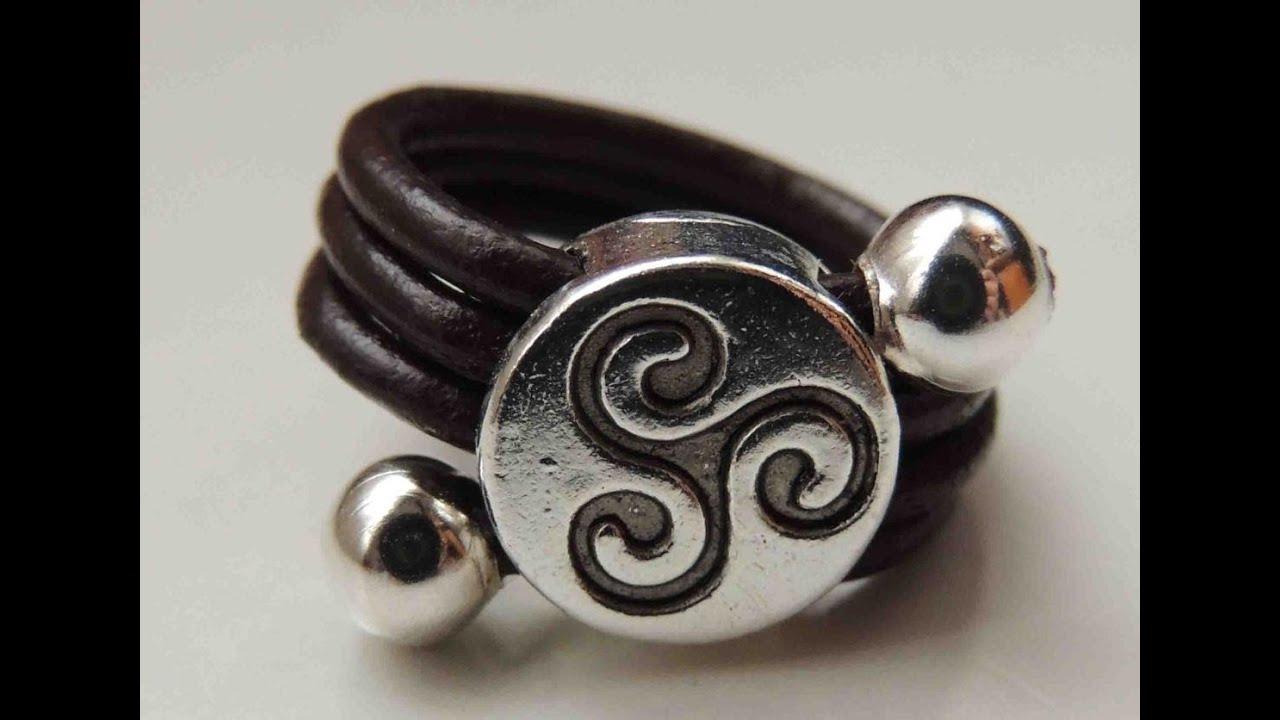 cf0a15cf04fb Tutorial DIY como hacer un anillo de cuero. Ring leather. - YouTube
